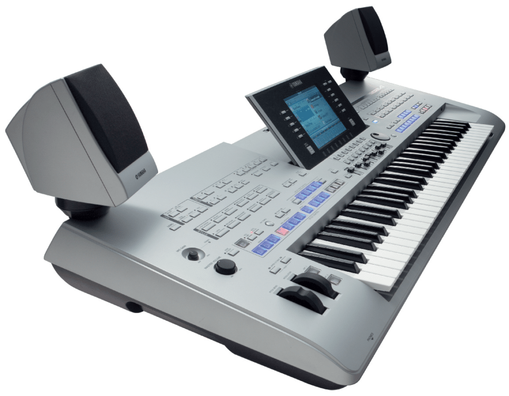 Yamaha Tyros 4 im Test: Arranger Workstation | KEYBOARDS