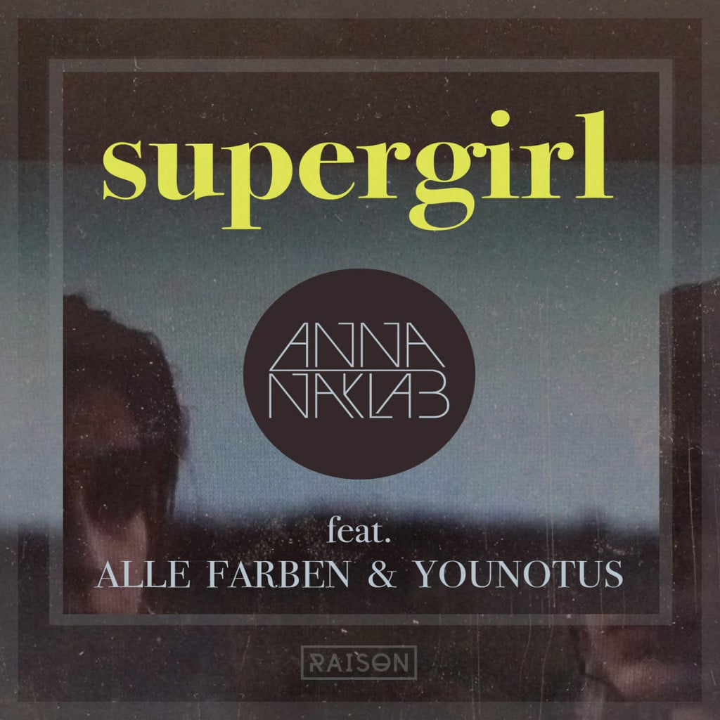 anna-naklab-alle-farben-and-younotus-supergirl