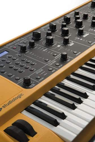 Studiologic Sledge Synthesizer_03