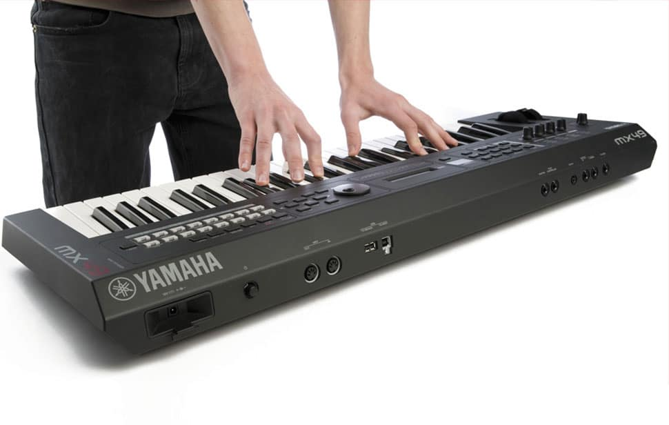 Yamaha MX49 Synthesizer_06