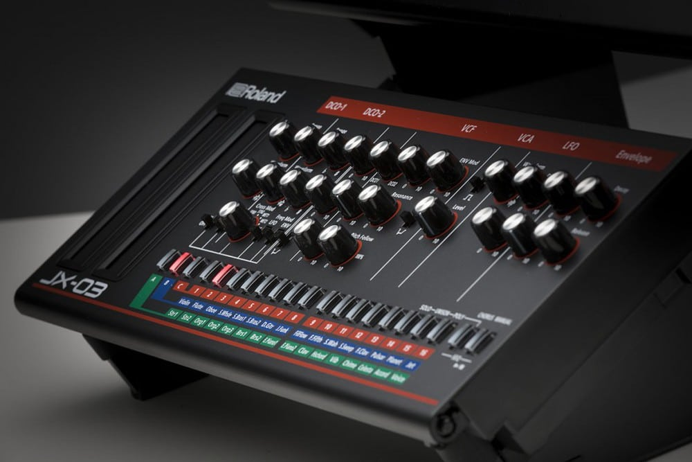 roland-boutique-jx-03
