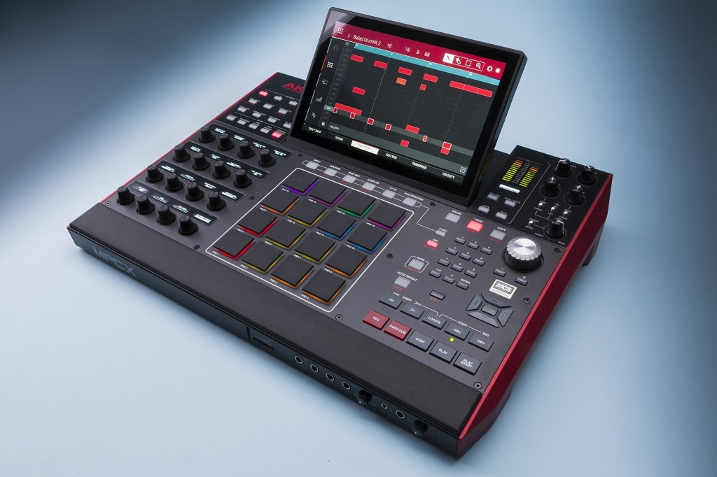 Sample-Drumcomputer MPC X von Akai im Test | KEYBOARDS