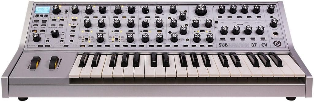 Moog subsequent_37_CV_2
